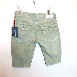 """True Religion """"Ricky"""" khaki green  cord shorts 34"""